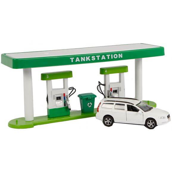 Kids Globe Tankstation och Volvo V70