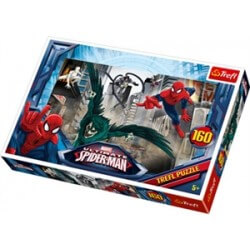 Spiderman Chasing villian 160b