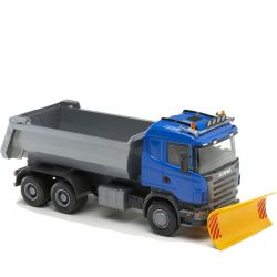 Scania med plog och tippbartflak. EMEK 1:25