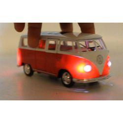Leksaksbuss Volkswagen T1 Med Ljud Street Kings 1:30